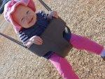 dziewczynka na placu zabaw